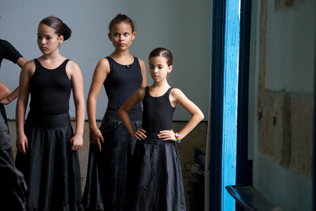 Cuba-Havana-Dancers